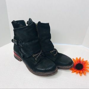 Leather combat boots  size 9